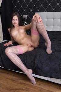 http://img153.imagetwist.com/th/09457/qdy2x9p57m3s.jpg