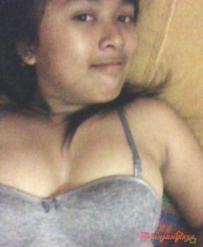 Foto abg selfie bugil cantik toket montok nikmat dikenyot